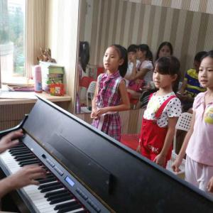 专业少儿童声班(体验课6-12岁)