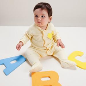 蒙氏亲子课程:培养幼儿自觉主动的学习和探索精神。在蒙氏...