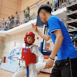 跆拳道青少年提高班(体验课6-18岁)