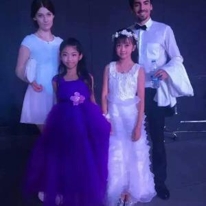 少儿爵士舞表演班(3-12岁)