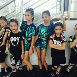 中国舞启蒙班(2-6岁)