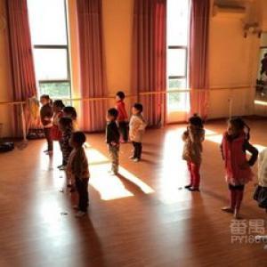 儿童爵士街舞
