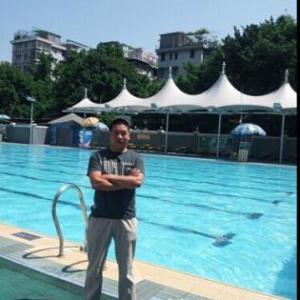 成人一对一学游泳700元包学会在室内恒温游池上课
