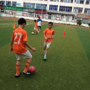 广州赵达裕足球培训中心寒假足球班招生简章 足球培训