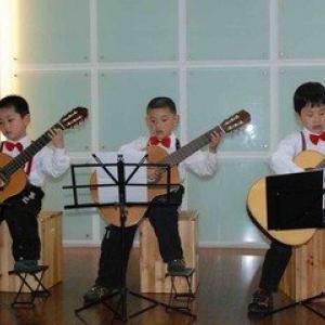 吉他(6岁以上课程)