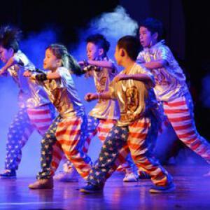 流行舞(5岁及以上课程)